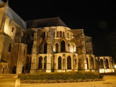 basilique-saint-remi-reims-ville-nuit_263252